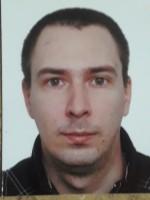 Pracuje jako motorniczy, jest działaczem łódzkiej Solidarności, prezesem klubu Eksplorer funkcjonującym przy PTTK Oddział Łódź-Polesie.